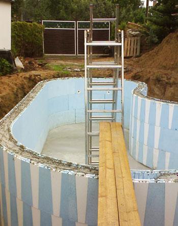 pool untergrund styropor schwimmbad und saunen. Black Bedroom Furniture Sets. Home Design Ideas