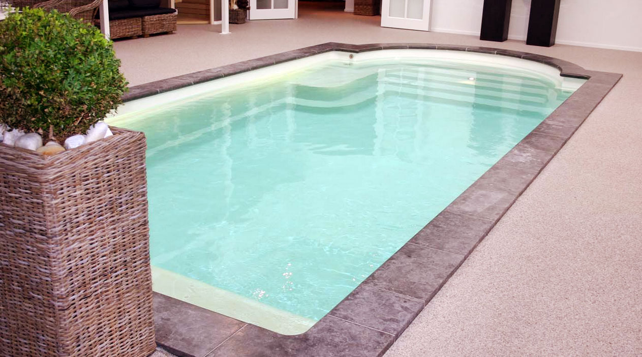 Pool mit r mertreppe ruhebank und kinderstehstufe sunday pools onlineshop - Pool mit filteranlage ...